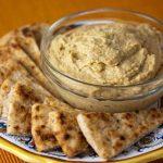 La Dama: humus con ácimo